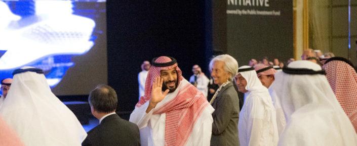 يتطلع ولي العهد الأمير محمد بن سلمان إلى نموذج جديد للمملكة العربية السعودية، أو على الأقل فتح مساحة كاملة من استوديوهات اليوغا والمنتجعات البحرية والروبوتات بدلاً من العمال المهاجرين. هذه هي صورة نيوم، وهو المشروع الرئيسي ال